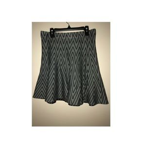Candie's black and grey print skirt